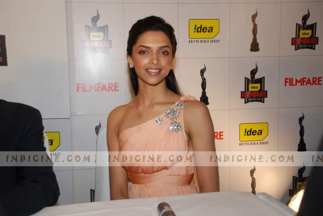 Deepika Padukone at Idea Filmfare Awards press meet
