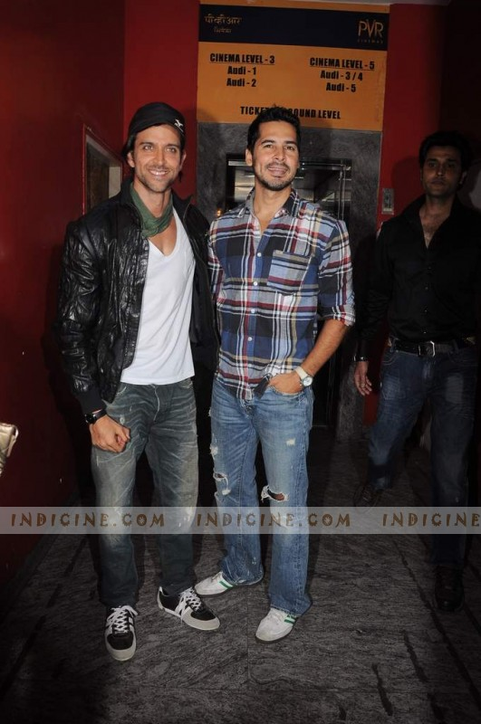 Hrithik Roshan  and Dino Morea at Agneepath Special Screening