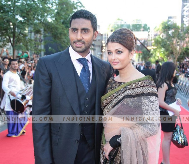 Abhishek Bachchan - Aishwarya Rai at Raavan premiere in London