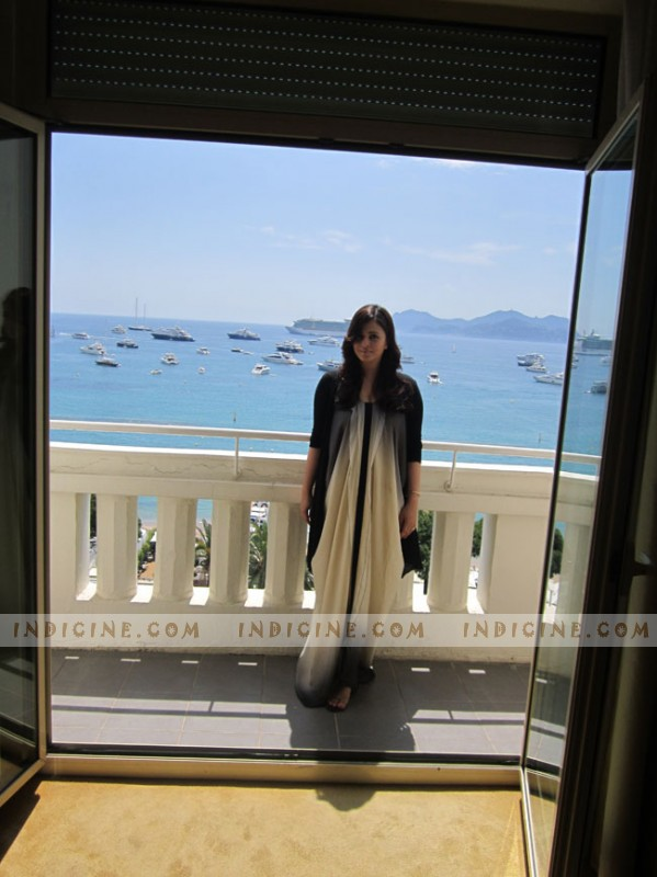 Aishwarya Rai in an Angelo Katsapis dress at Cannes 2012 press meet