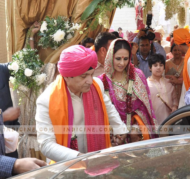 Surendra Hiranandani with wife Alka Bhatia - their wedding