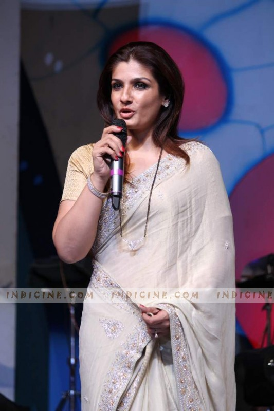 Raveena Tandon at Dadasaheb Phalke Academy Awards