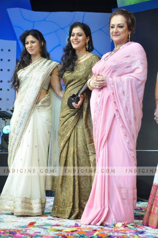 Tanisha Mukherjee, Kajol and Saira Banu at Dadasaheb Phalke Academy Awards
