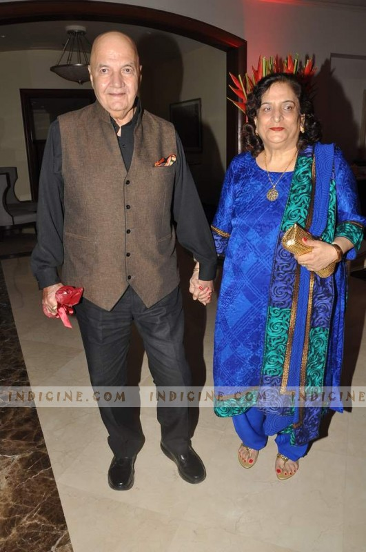 Prem Chopra and his wife Uma