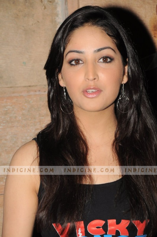 Yami Gautam at Couture for Cause