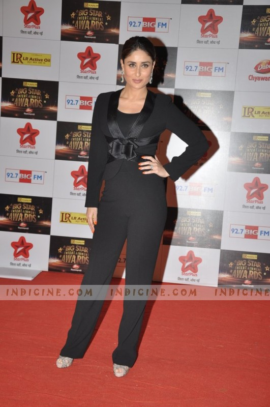 Kareena Kapoor at Big Star Awards red carpet