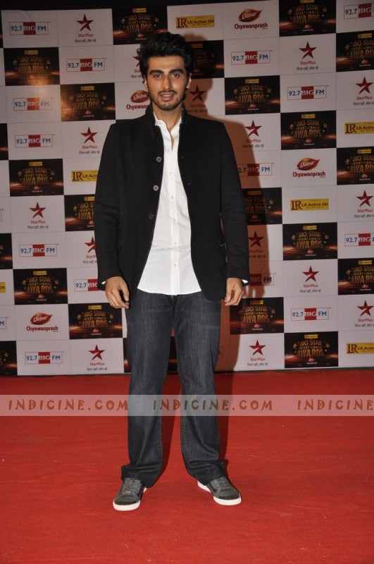 Arjun Kapoor at Big Star Awards red carpet