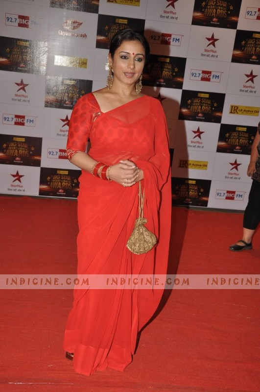 Divya Dutta at Big Star Awards red carpet
