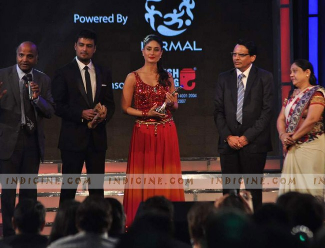 Kareena Kapoor - Credai Real Estate Awards 2012