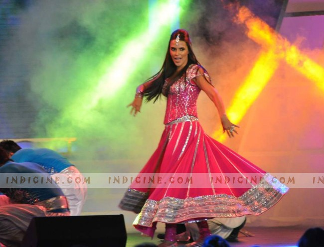 Neha Dhupia performs at Credai Real Estate Awards