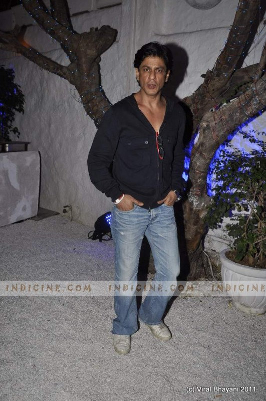 Shahrukh Khan at Dabboo Ratnani's 2012 Calendar launch