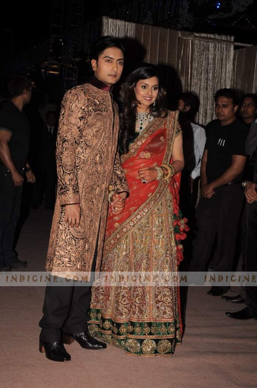 Ritesh deshmukh wedding reception photos