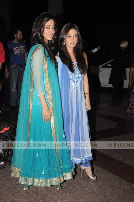 Reema Sen, Riya Sen at Esha Deol's sangeet ceremony