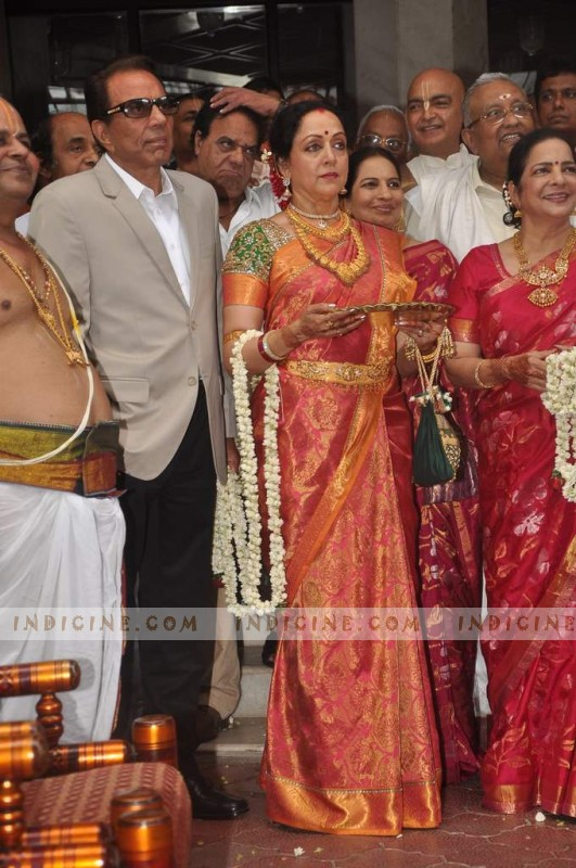 Dharmendra,Hema Malini at Esha Deol's Wedding