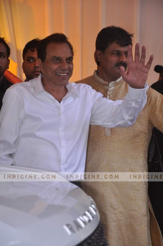 Dharmendra at Esha Deol's Wedding
