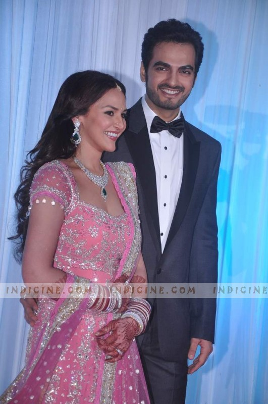 Bharat Takhtani with wife Esha Deol