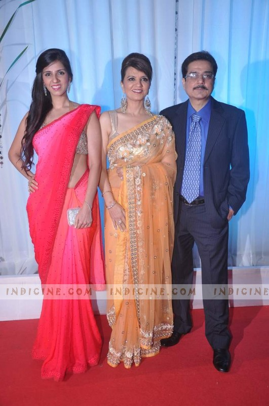 Neeta Lulla with daughter Nishka and husband Shyam Lulla
