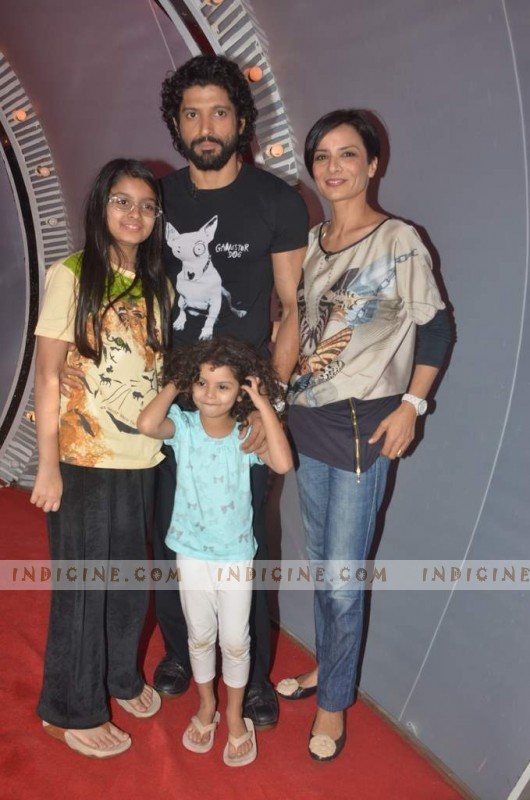 Farhan Akhtar with wife Adhuna Akhtar and kids Akira, Shakya on the sets of NDTV Issi Ka Naam Zindagi