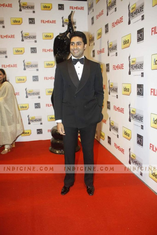 Abhishek Bachchan at Filmfare Awards 2012 Red Carpet