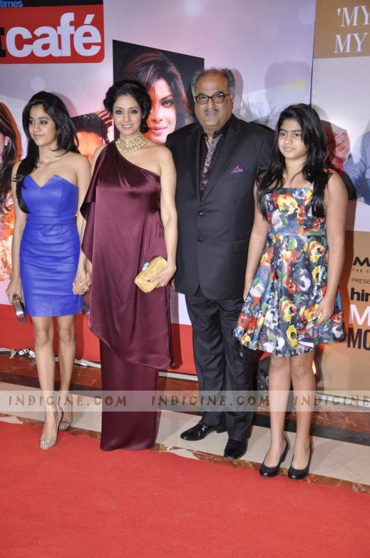 Sridevi with husband Boney Kapoor and daughters Jhanvi, Khushi