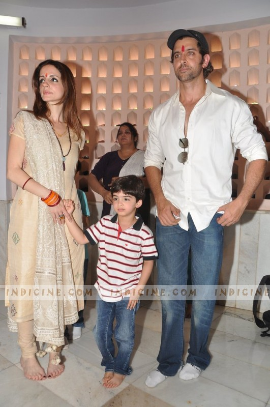 Hrithik Roshan with wife Suzzane Roshan and son Hrehaan