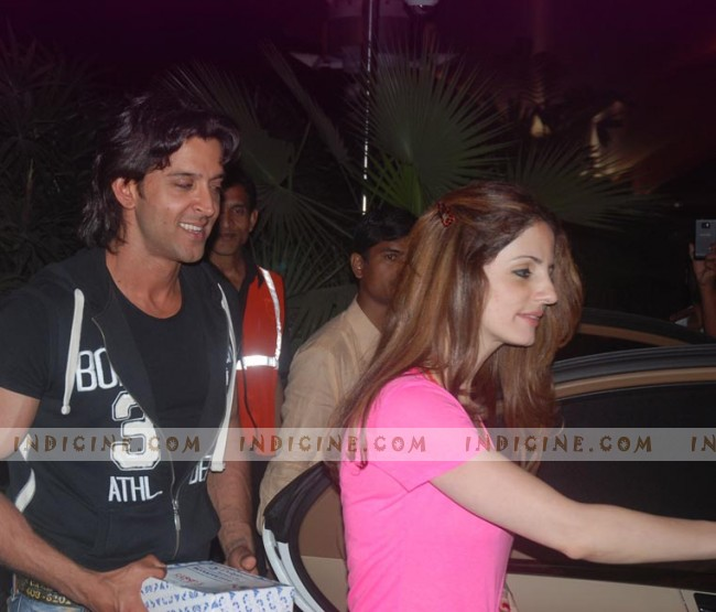 Hrithik Roshan and Suzanne Khan at the airport