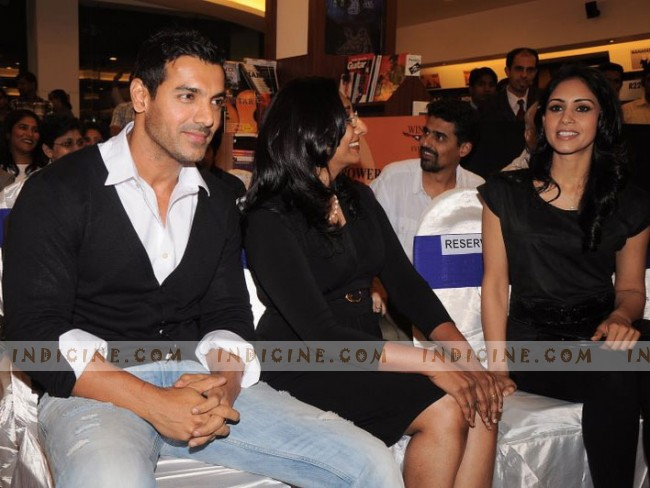 John Abraham with sister Susy Matthew and Priya Marwah at Bubble Of Time book launch