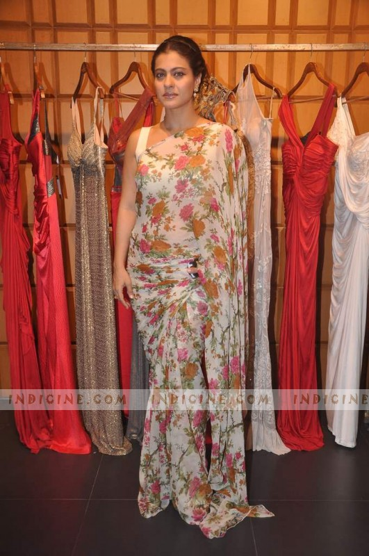 Kajol at Shantanu Nikhil new store