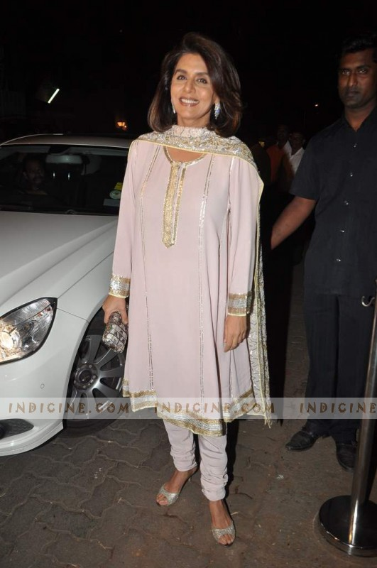 Neetu Singh at Kareena Kapoor's sangeet ceremony