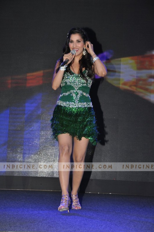 Sophie Chaudhary at BlackBerry Curve 9220 launch bash