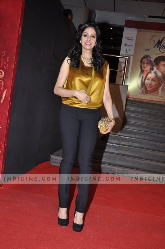 Sridevi at Mai Premiere