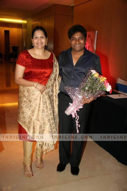 Johnny Lever with wife Sujatha at Naveen Prabhakar marriage anniversary bash