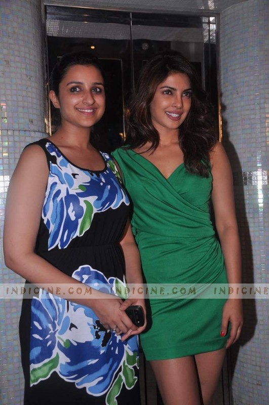 Parineeti Chopra with Cousin Priyanka Chopra at Ishaqzaade success bash