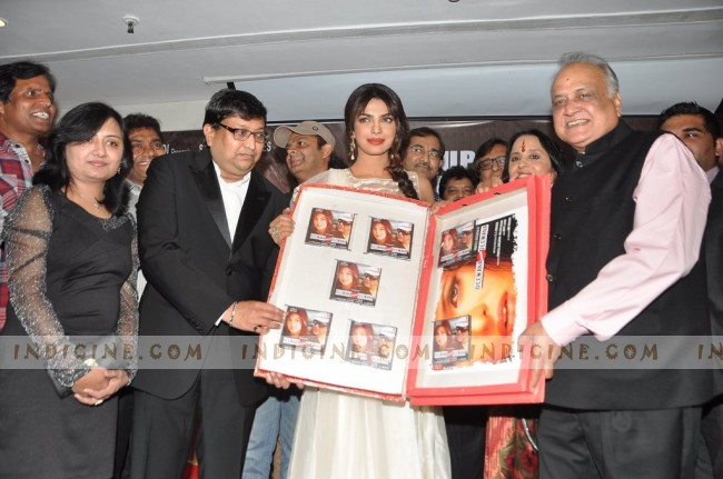 Priyanka Chopra launches Deewana Main Deewana music