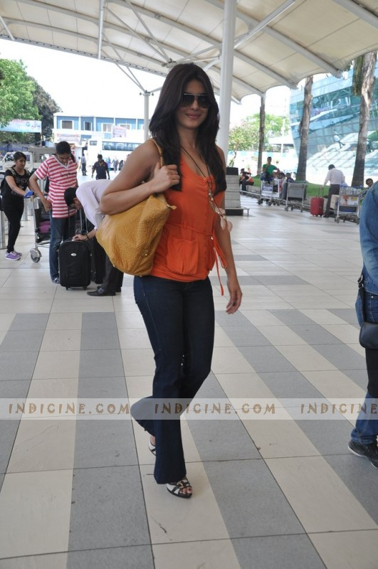 Priyanka Chopra leaves for Jaipur to attend friend's wedding