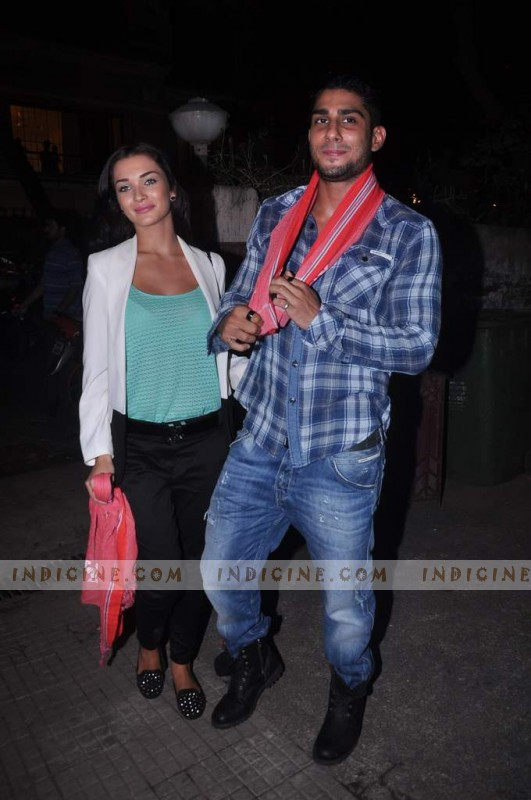 Amy Jackson, Prateik Babbar at Gangs of Wasseypur screening