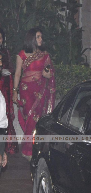 Preity Zinta at Saif, Kareena wedding reception