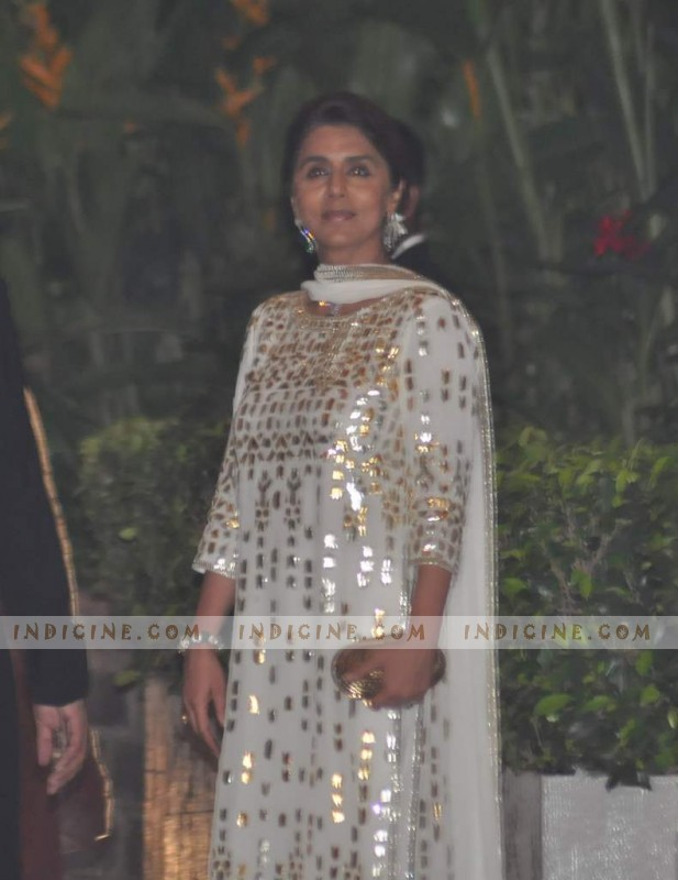 Neetu Singh at Saif, Kareena's wedding reception