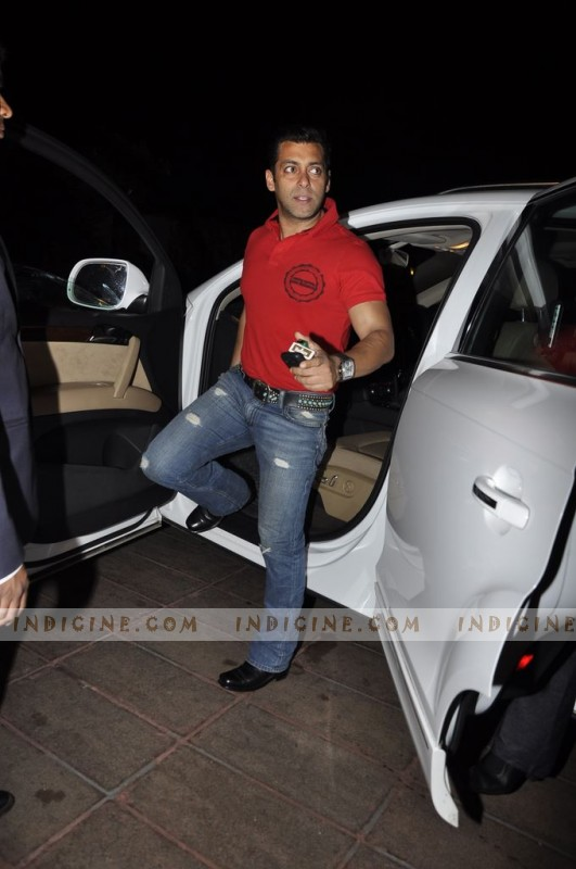 Salman Khan Cars Images Salman Khan new gift Audi Q
