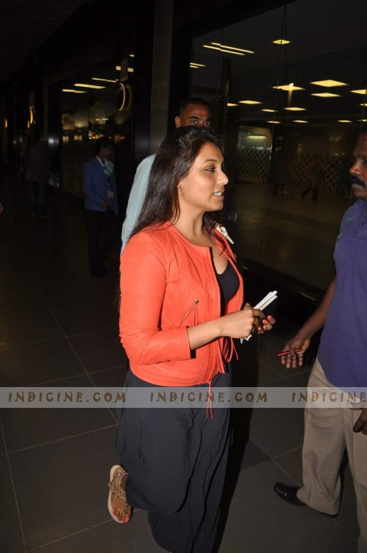 Rani Mukherjee at the airport