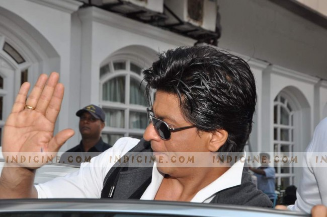 Shahrukh at Taj Lands End
