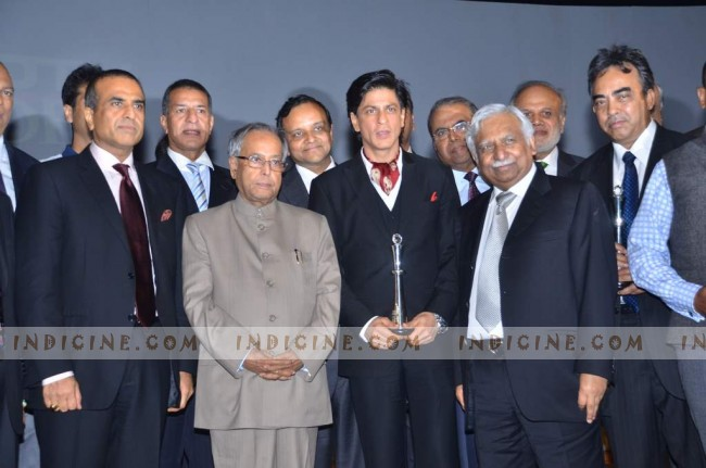 SRK with Pranab Mukherjee