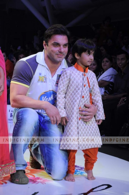 Sohail Khan walks at India Kids Fashion Show