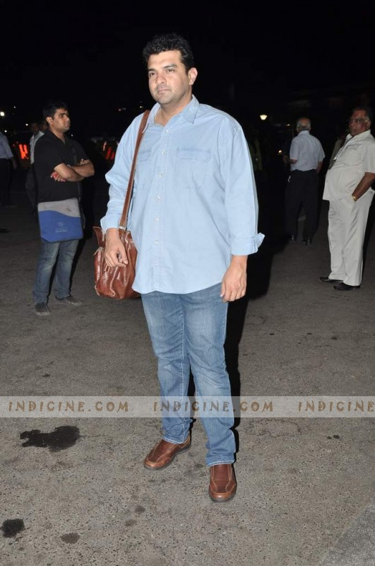 Siddharth Roy Kapur leaves for TOIFA