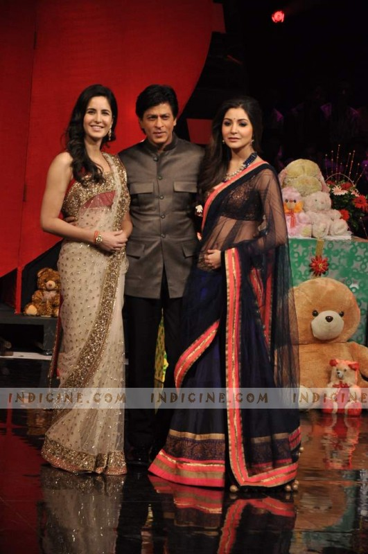 Katrina Kaif, SRK and Anushka Sharma promotes JTHJ at India Got Talent grand finale