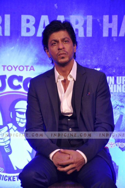 SRK launches NDTV's Toyota University Cricket Championship