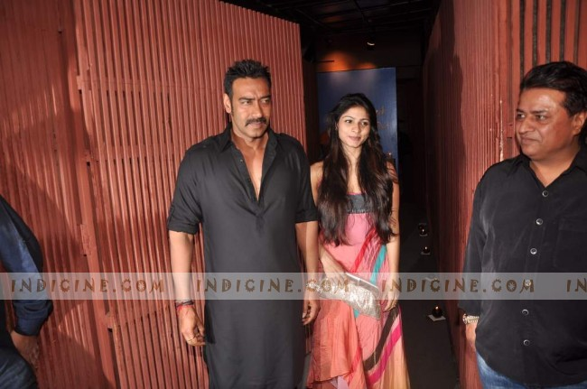Ajay Devgan & Tanisha Mukherjee at Sanjay Dutt's Bash