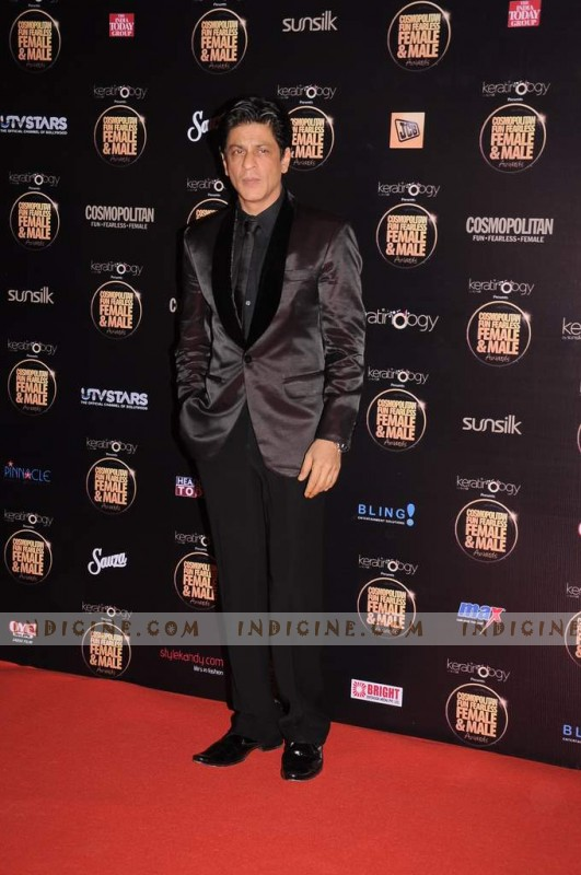 Shahrukh Khan at Cosmopolitan Fun Fearless Awards 2012