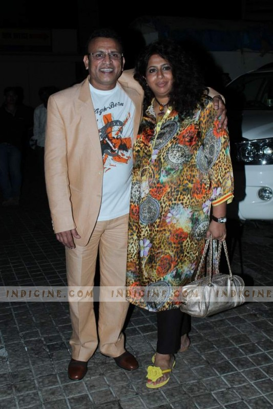 Annu Kapoor with wife Anupama Kapoor at John Abraham's Vicky Donor screening