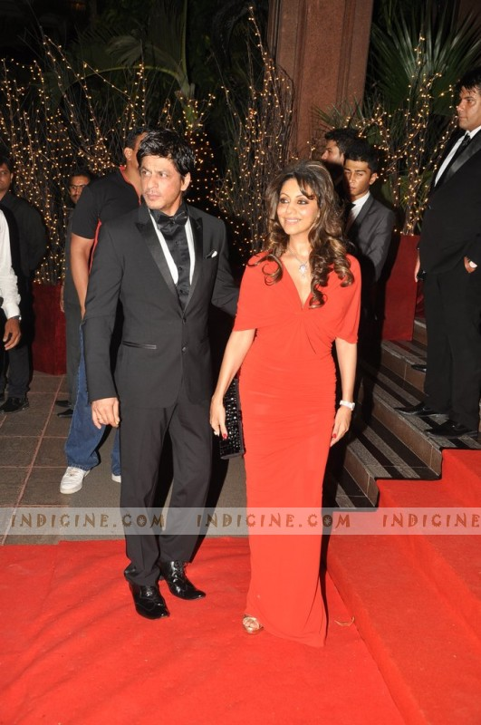 Shahrukh Khan with wife Gauri Khan at Karan Johar's 40th birthday bash